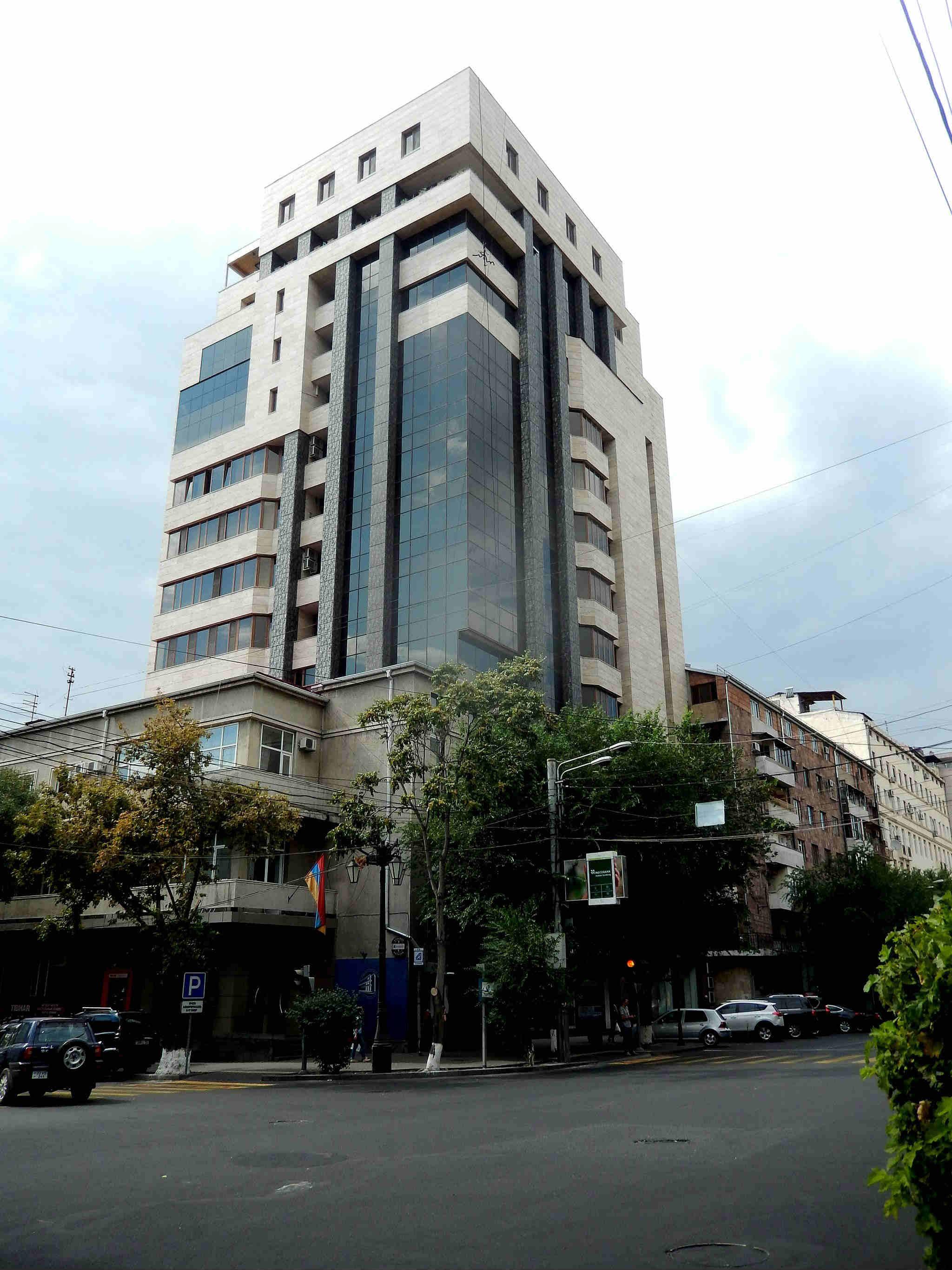 New building in yerevan