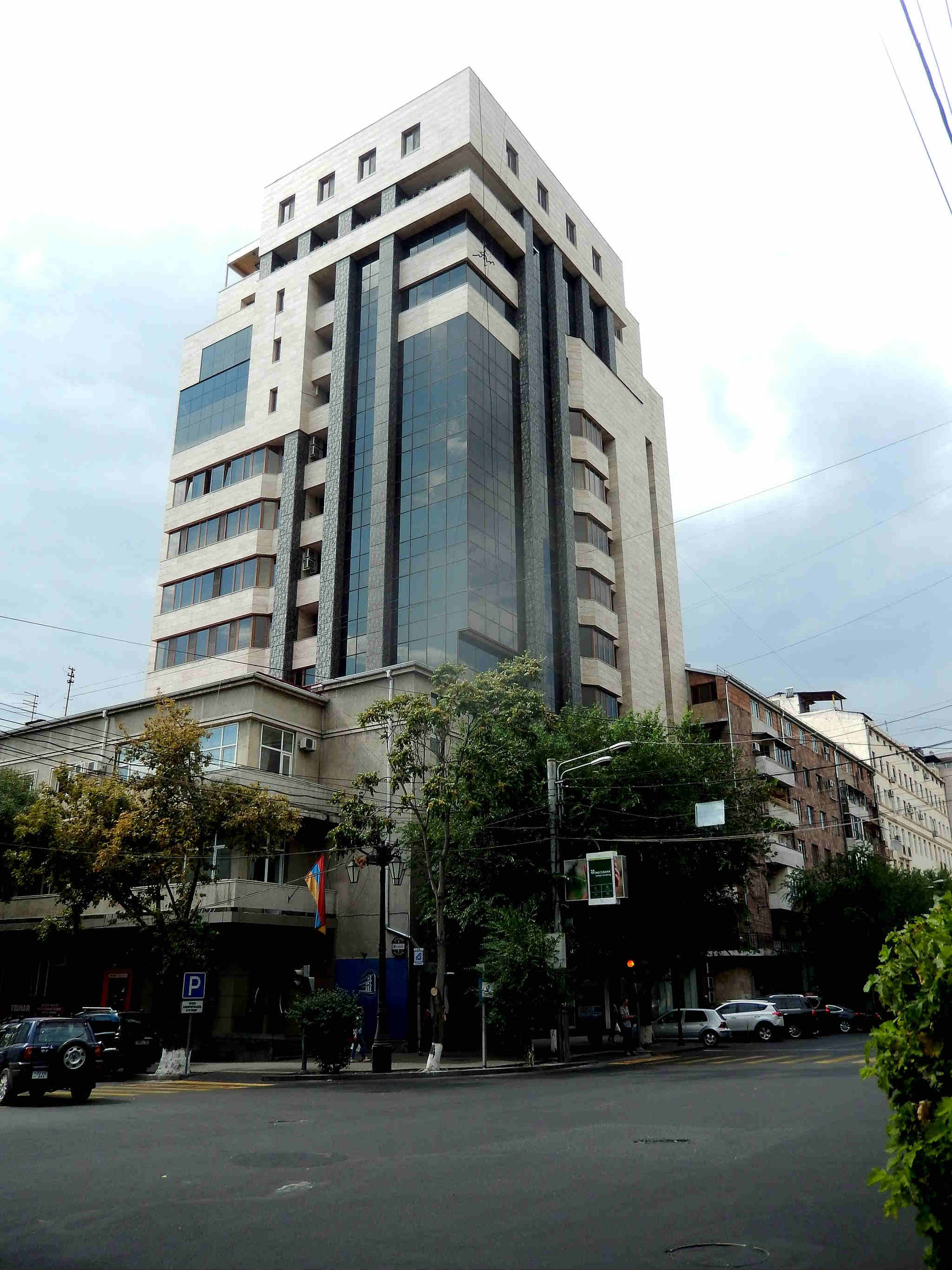 New building in yerevan