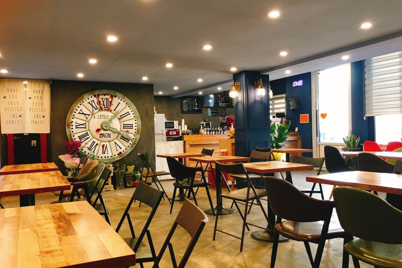 Best coffee shops in Yerevan where ASPIRANTUM students can study languages and do homework