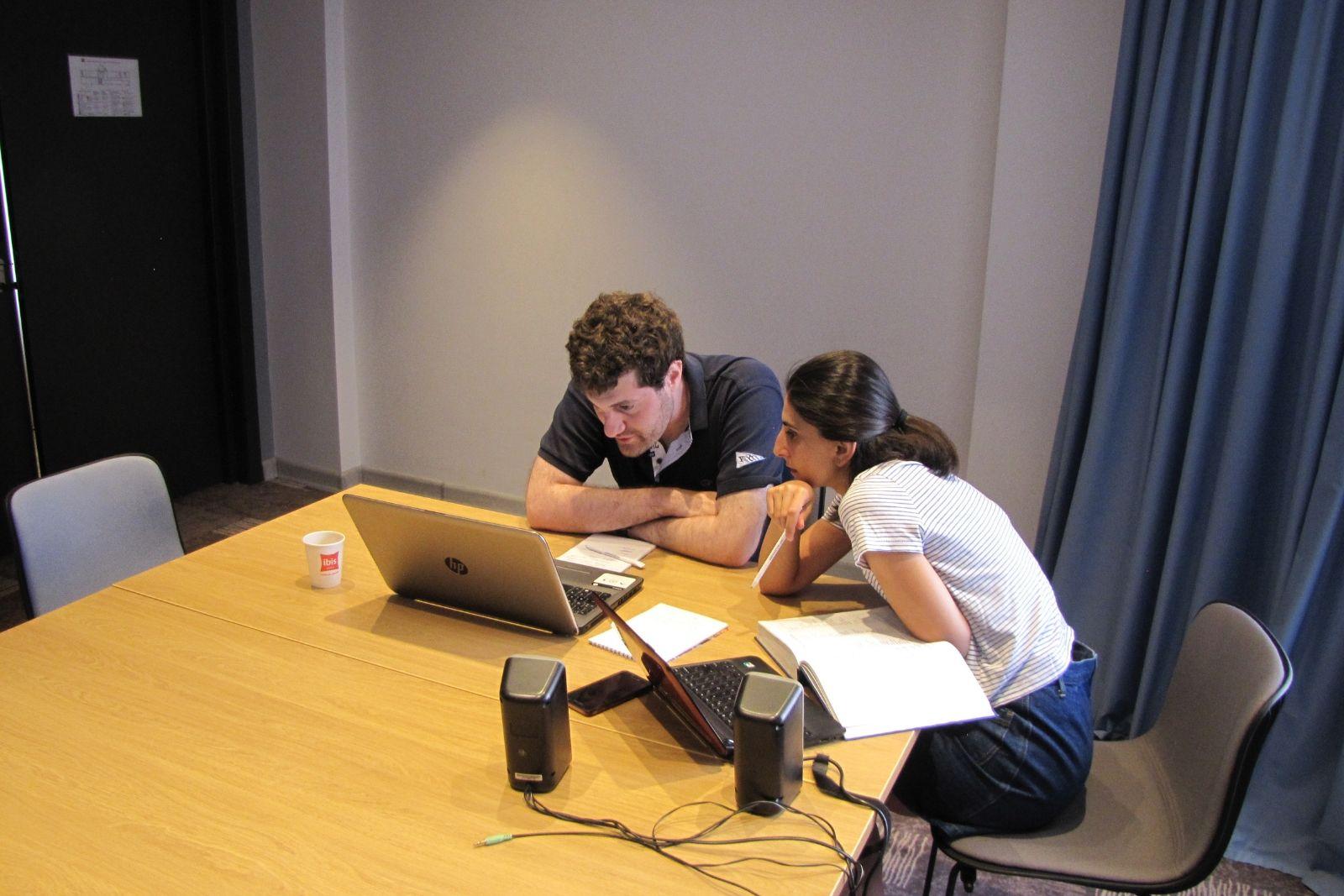 Sona Mnatsakanyan teaches Armenian to Pietro Shakarian