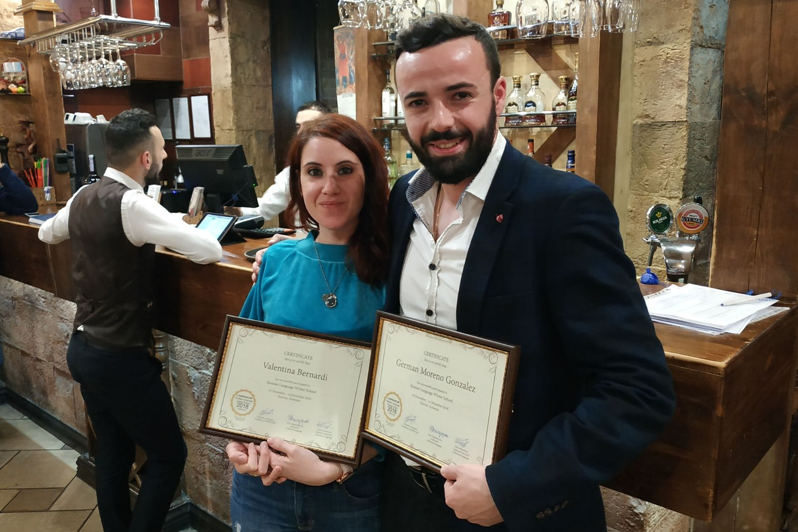 Russian language winter school 2018 participants Valentina Bernardi and Germán Moreno González received their certificate during the graduation reception