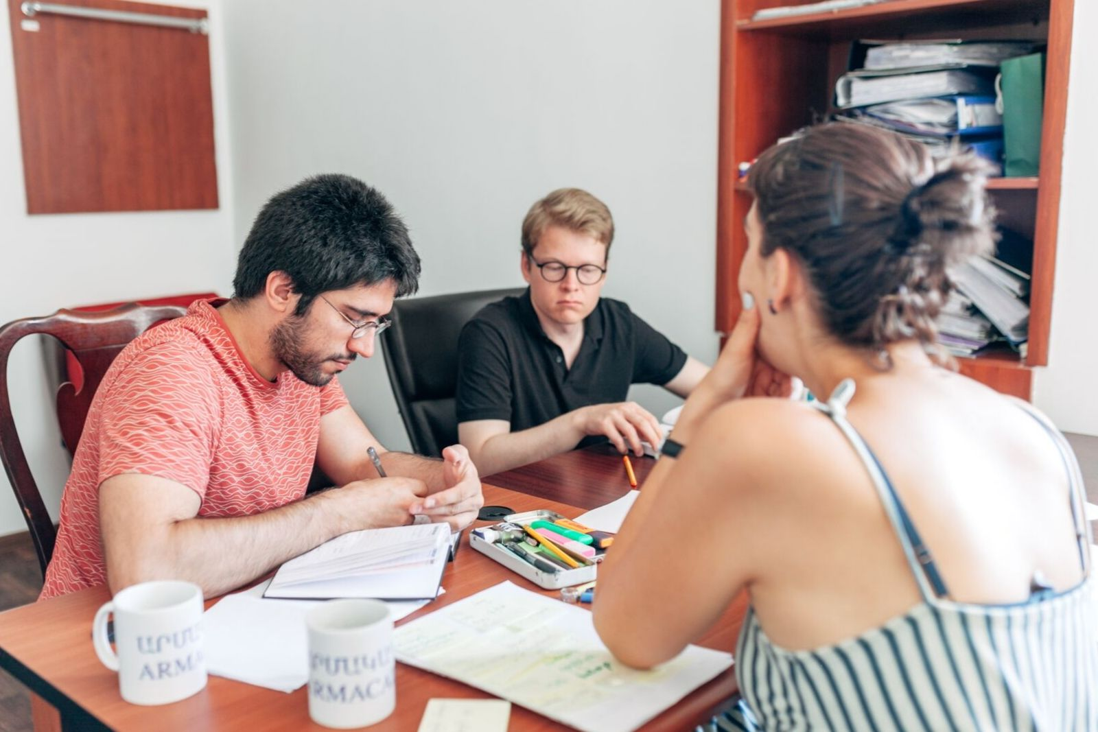Rasmus Thorsø Nielsen and Miguel Monteiro learning Armenian in summer school 2019