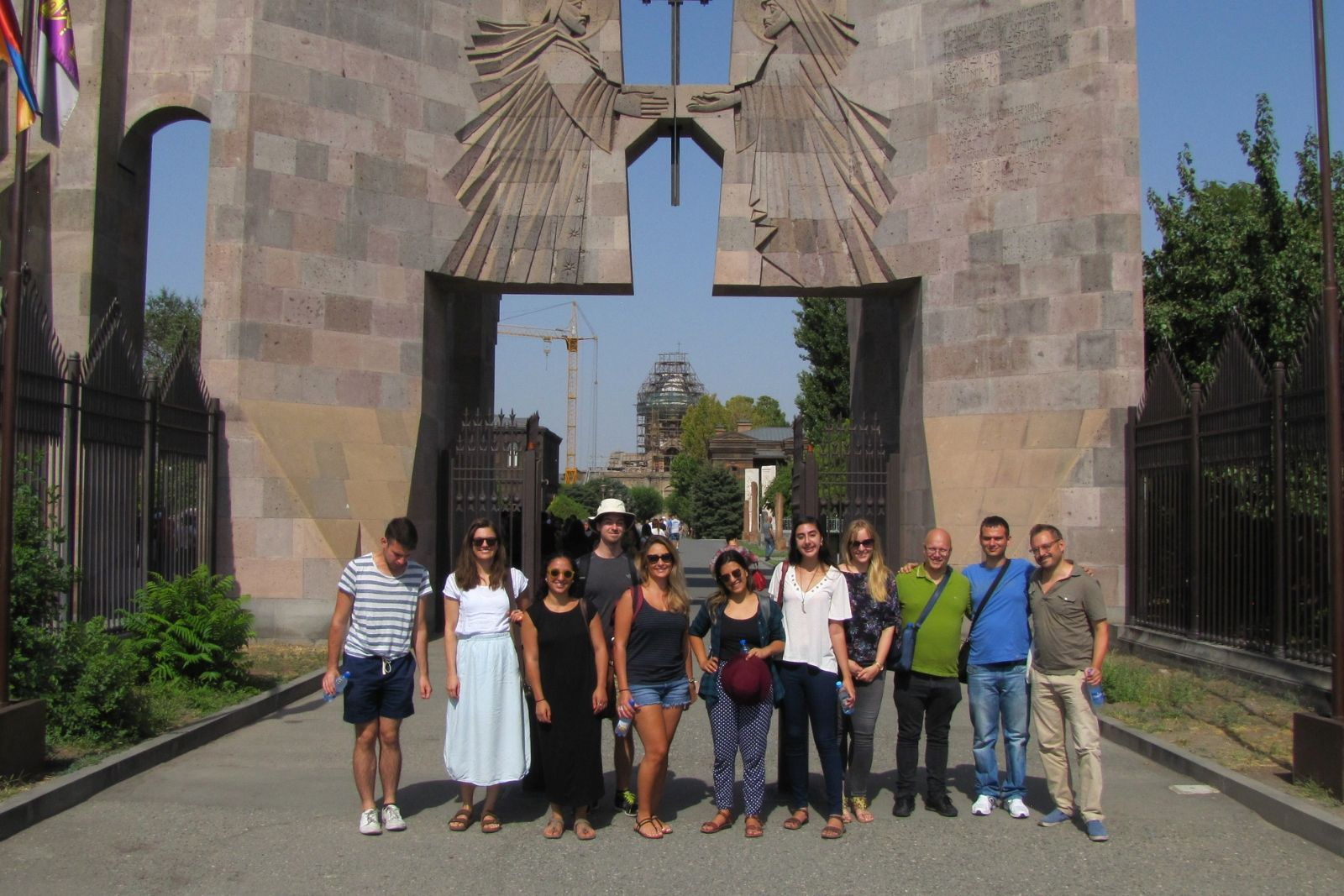 Students of Armenian and Persian summer schools 2018 at the gates of Ejmiatsin cathedral